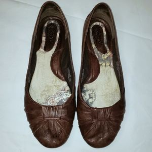 Born brown leather flats size 10